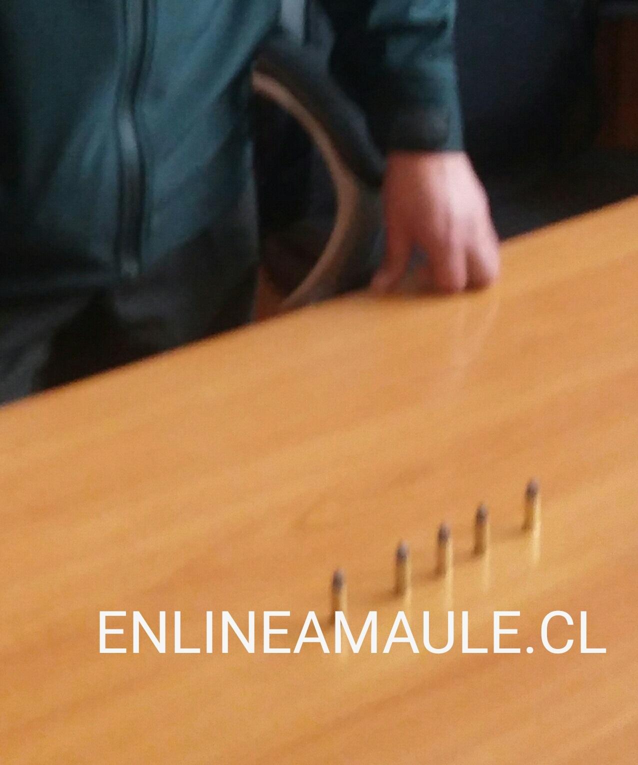 Gendarmería investiga el destino de cinco municiones y un teléfono celular, que fue lanzando desde el exterior a la cárcel de Talca..