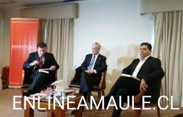 """Ex Presidente, Piñera, participa en Talca, de lanzamiento del libro, """"La Historia se Escribe Hacia Adelante"""""""