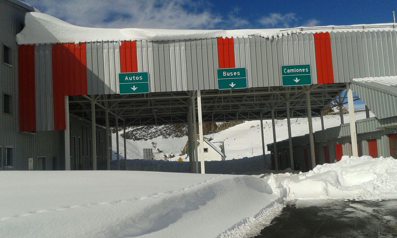 Se mantiene el cierre temporal de la ruta en el  Paso Internacional Pehuenche