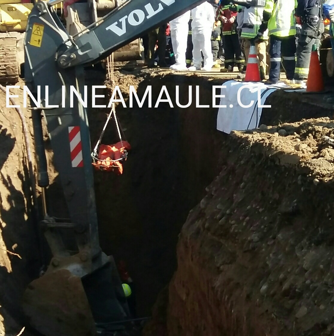 Trabajador muere horrorosamente sepultado, mientras construía un colector de aguas lluvias en barrio norte de Talca