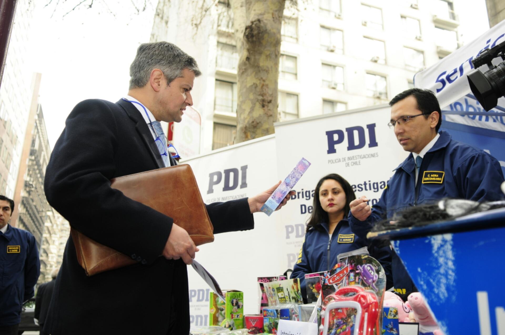 Sernac y Pdi entregan recomendaciones con motivo del día del niño