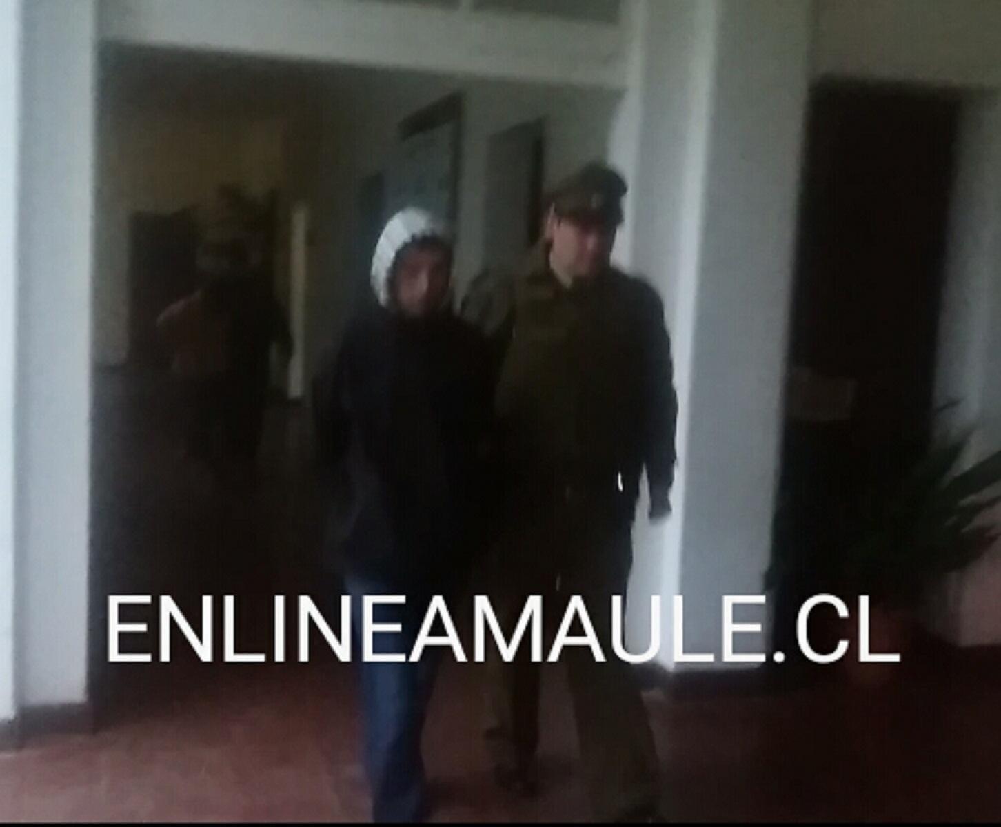 Carabineros  Tenencia  Talca Oriente, detienen a 2 personas  prófugas requeridas por la justicia