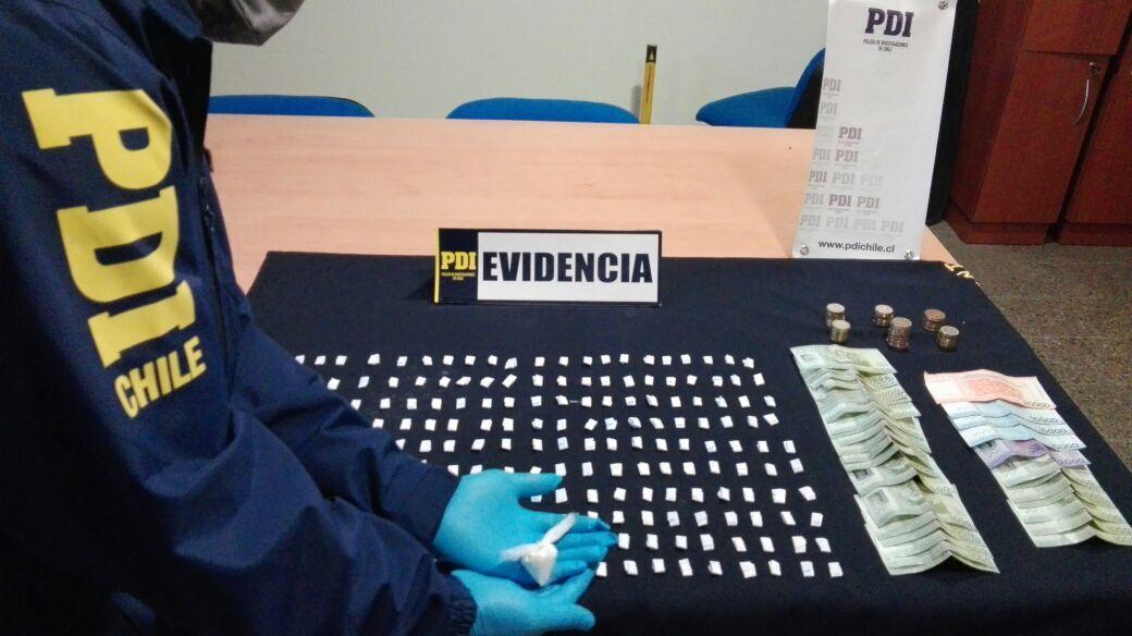 La PDI de Curicó incauta 220 dosis de cocaína base