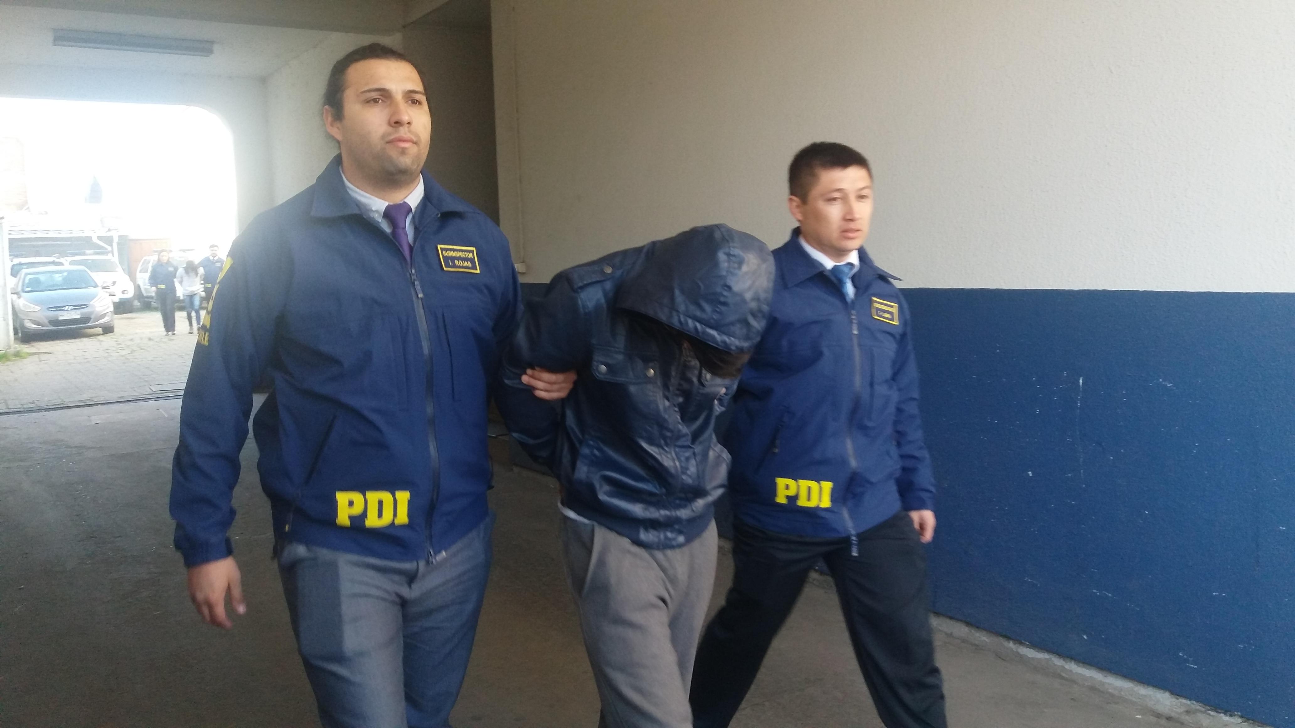 A la cárcel antisociales implicados en grave baleo de joven en población padre Alberto hurtado en Talca