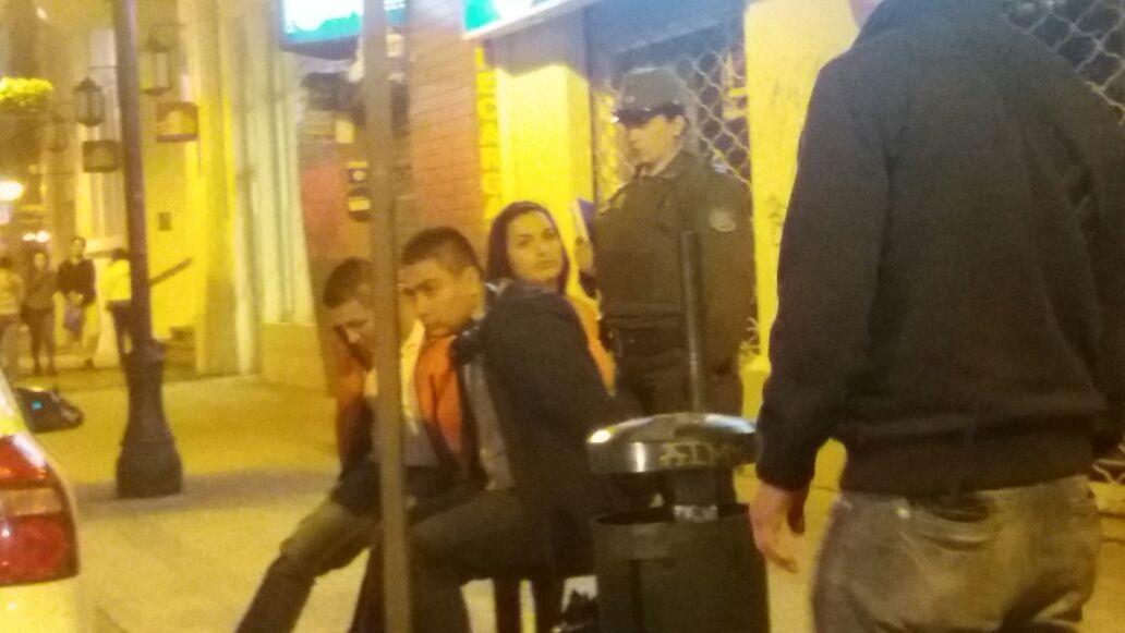 Exclusivo fotos de detenidos: Carabineros detuvo en el centro de Talca a banda de colombianos dedicados a la clonación de tarjetas bancarias