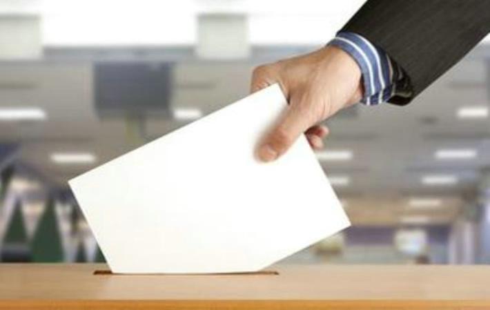 Gobernación de provincia de Talca tramita transporte para votantes