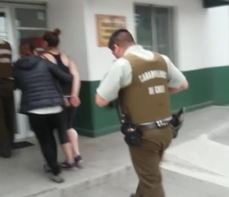 Confuso incidente en población Independencia de Talca, termina con mujer apuñalada, y tres personas detenidas.