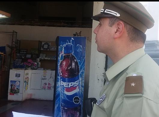 Delincuentes roban en céntrico local de fotografías en el centro de Talca
