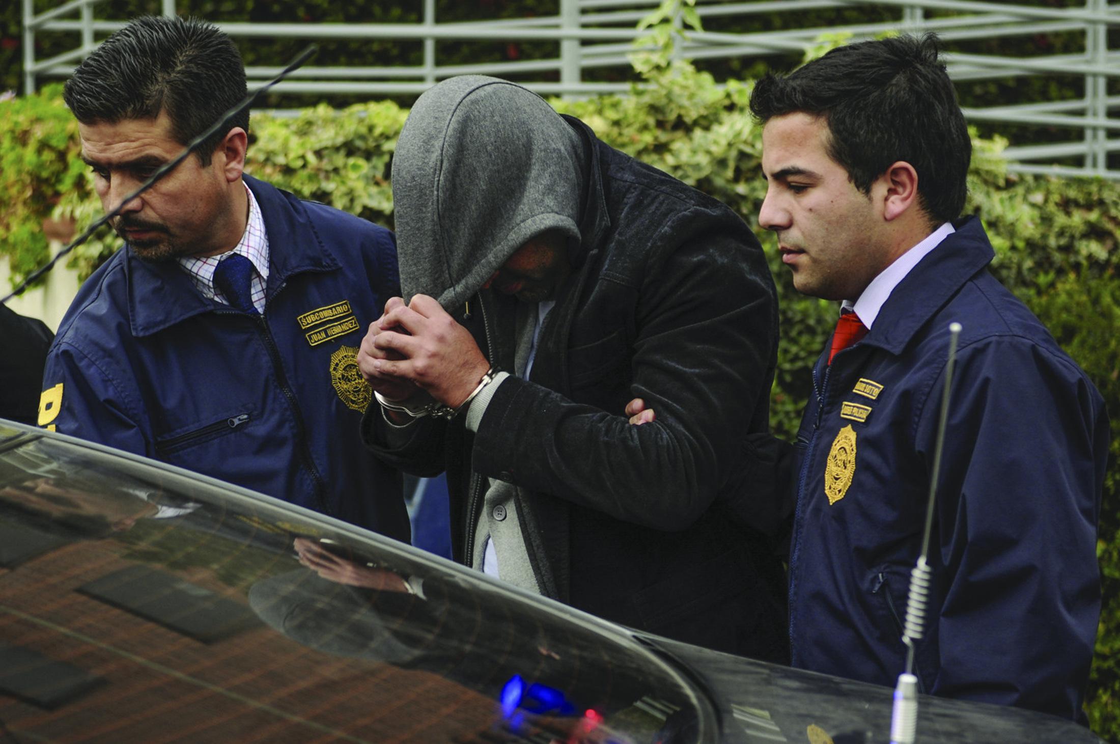 PDI LINARES DETIENE A SUJETO CON 6 ÓRDENES DE DETENCIÓN PENDIENTES