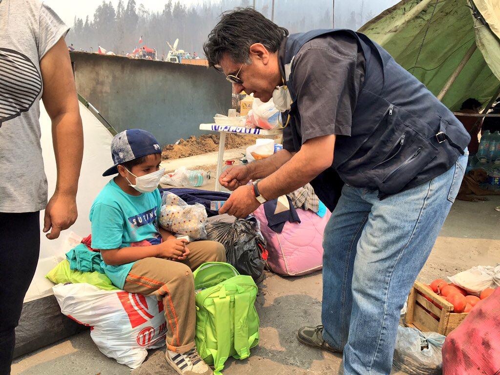 Niños afectados por los incendios recibieron kit lúdico