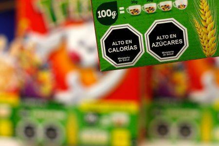 Sernac denuncia a empresas por incumplimiento de la Ley de Etiquetado