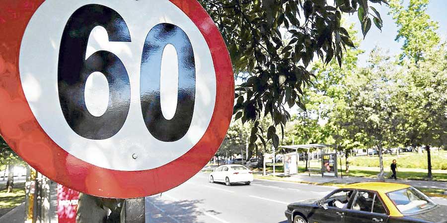 Proyecto de ley busca disminuir velocidad urbana
