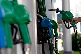 Nueva baja en los precios de los combustibles
