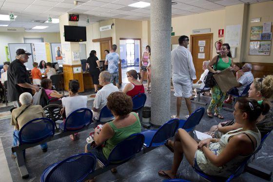 Se crea comisión de salud para evaluar muertes de pacientes en lista de espera