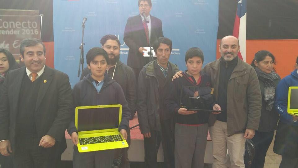 2.642 alumnos han recibido su computador portátil en el Maule