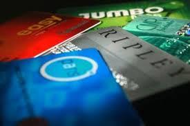 SERNAC: Bancos y retail son concentran la mayor cantidad de reclamos