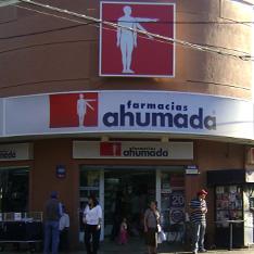 Sernac demanda a 11 farmacias por incumplimientos a la ley de protección de derechos del consumidor