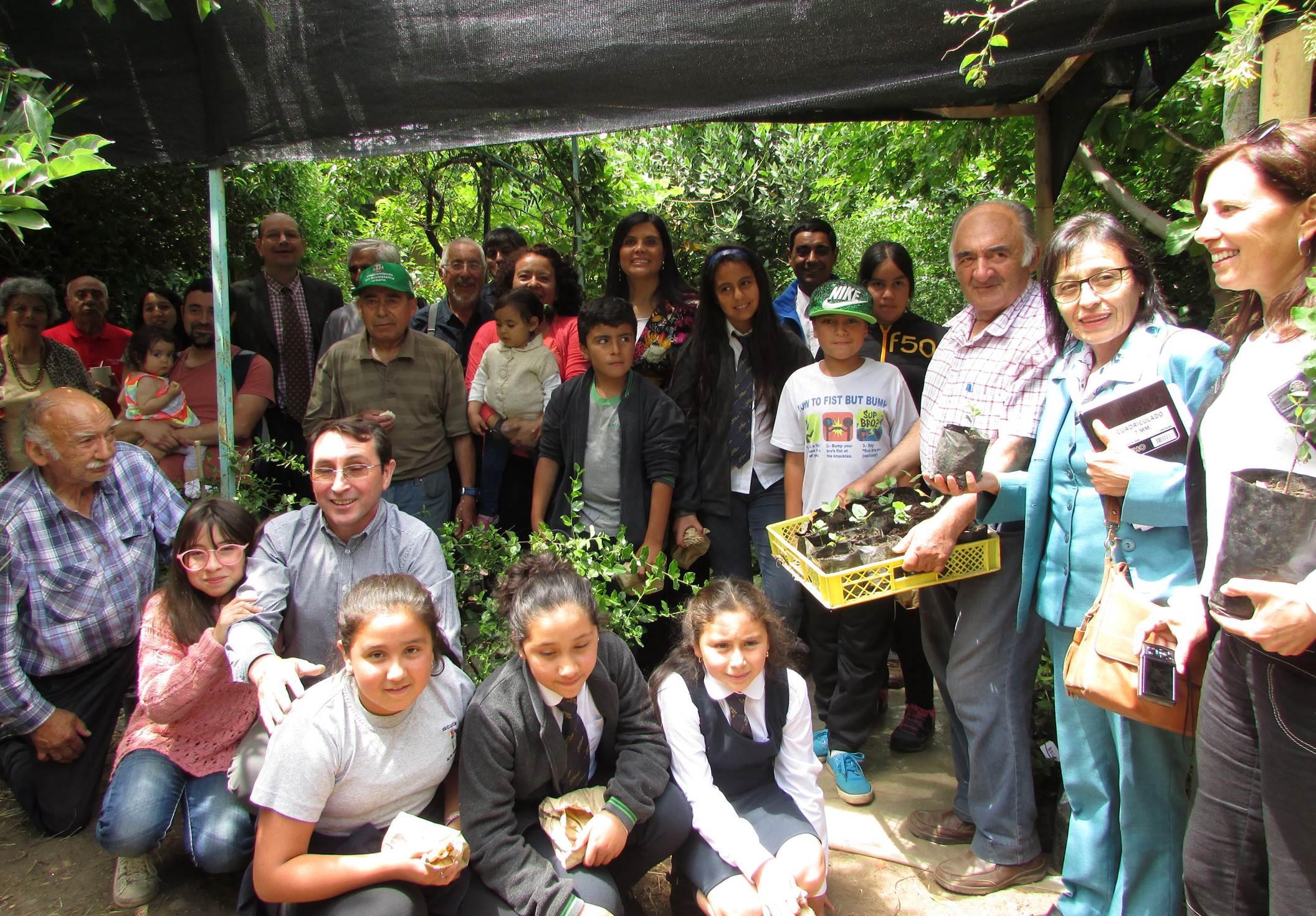 Club del árbol construyó vivero con especies nativas