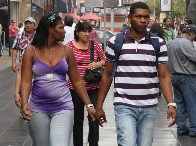 Se estima que hay más de un millón de extranjeros en Chile