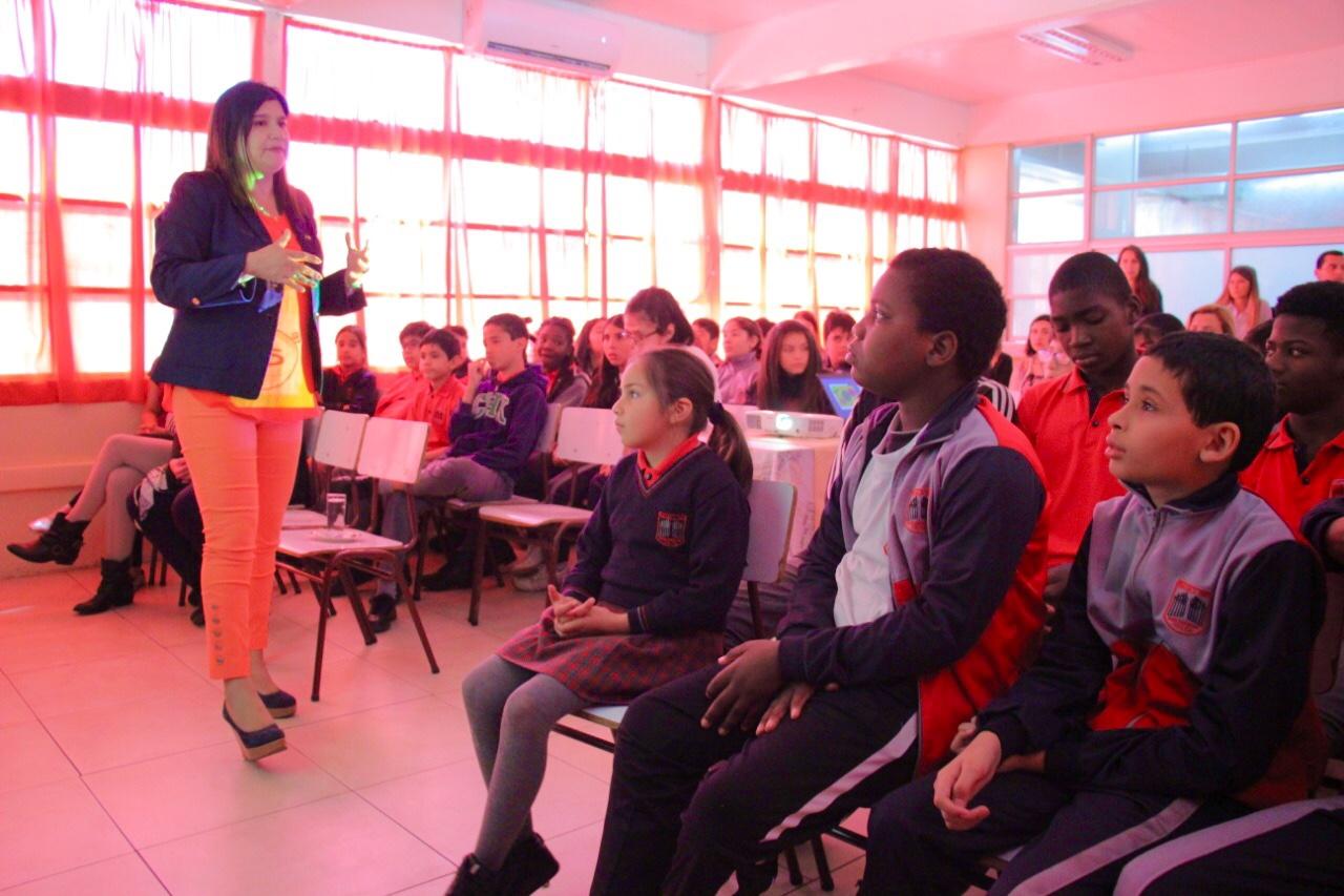 Niños extranjeros reciben orientación acerca de prevención y erradicación trabajo infantil