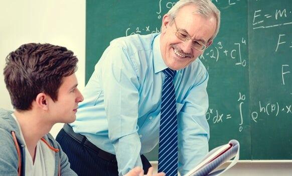 Concurso premiará al mejor profesor del país