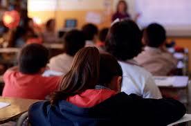 Colegios podrían tener clases hasta el 15 de enero