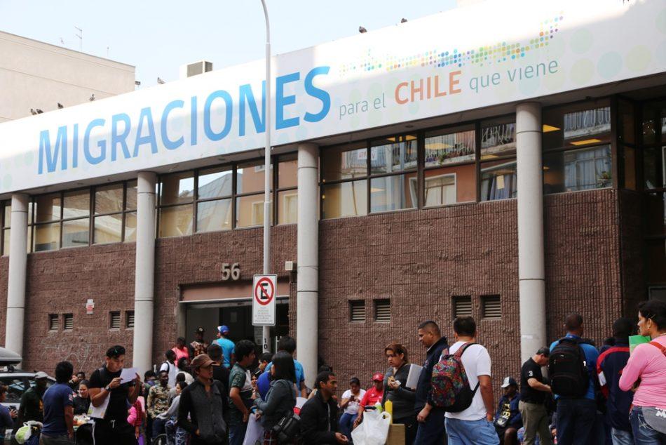 Extranjería detectó 1.500 contratos falsos de migrantes en Chile