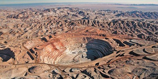 Gobierno destinó 2.800 millones para apoyar a pequeños mineros del país