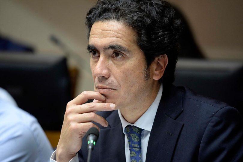 Ministro de Hacienda descartó aumento del 50% de pensiones básicas solidarias
