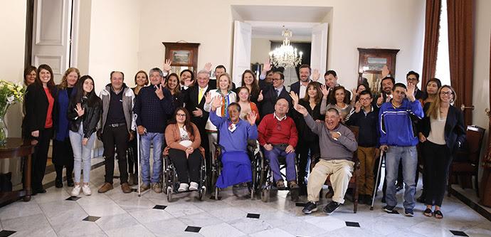 Personas con discapacidad tendrán nuevas prestaciones en FONASA