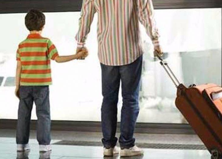 Proyecto permitiría a menores salir del país con autorización de un progenitor