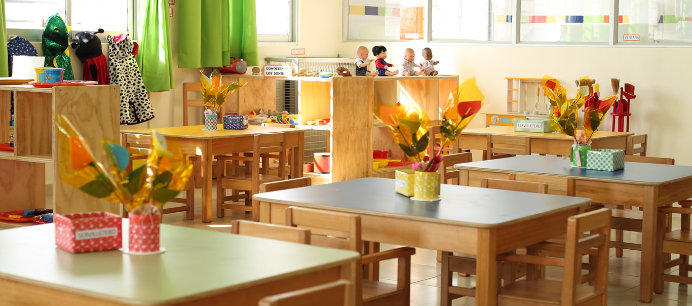 Ministro Isamit entrega 18 concesiones de uso gratuito a Fundación Integra para el funcionamiento de salas cunas y jardines infantiles