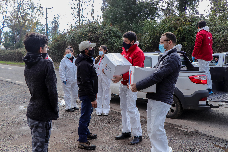Maratónica jornada de entrega de más de 3.500 cajas de  Alimentos para Chile en Curicó