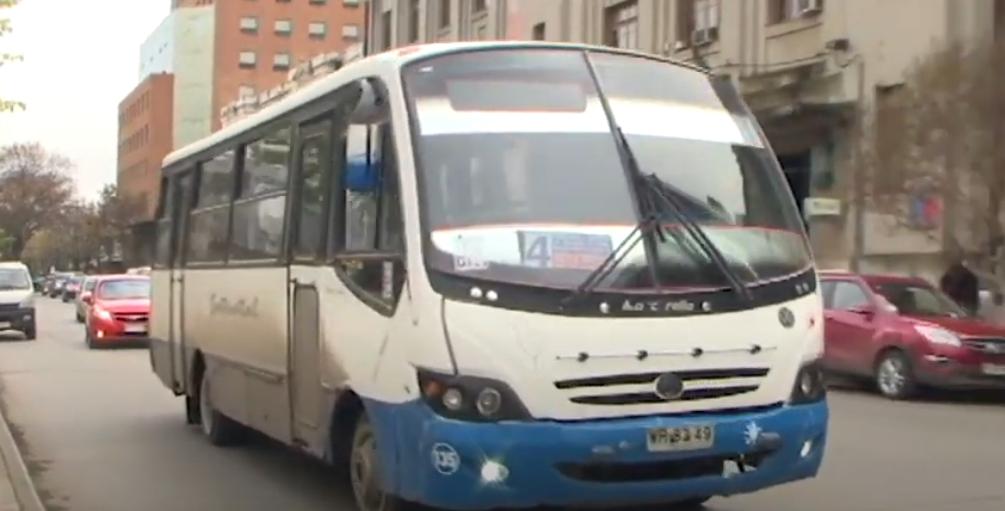 Transporte público se adecúa al cambio de horario de toque de queda