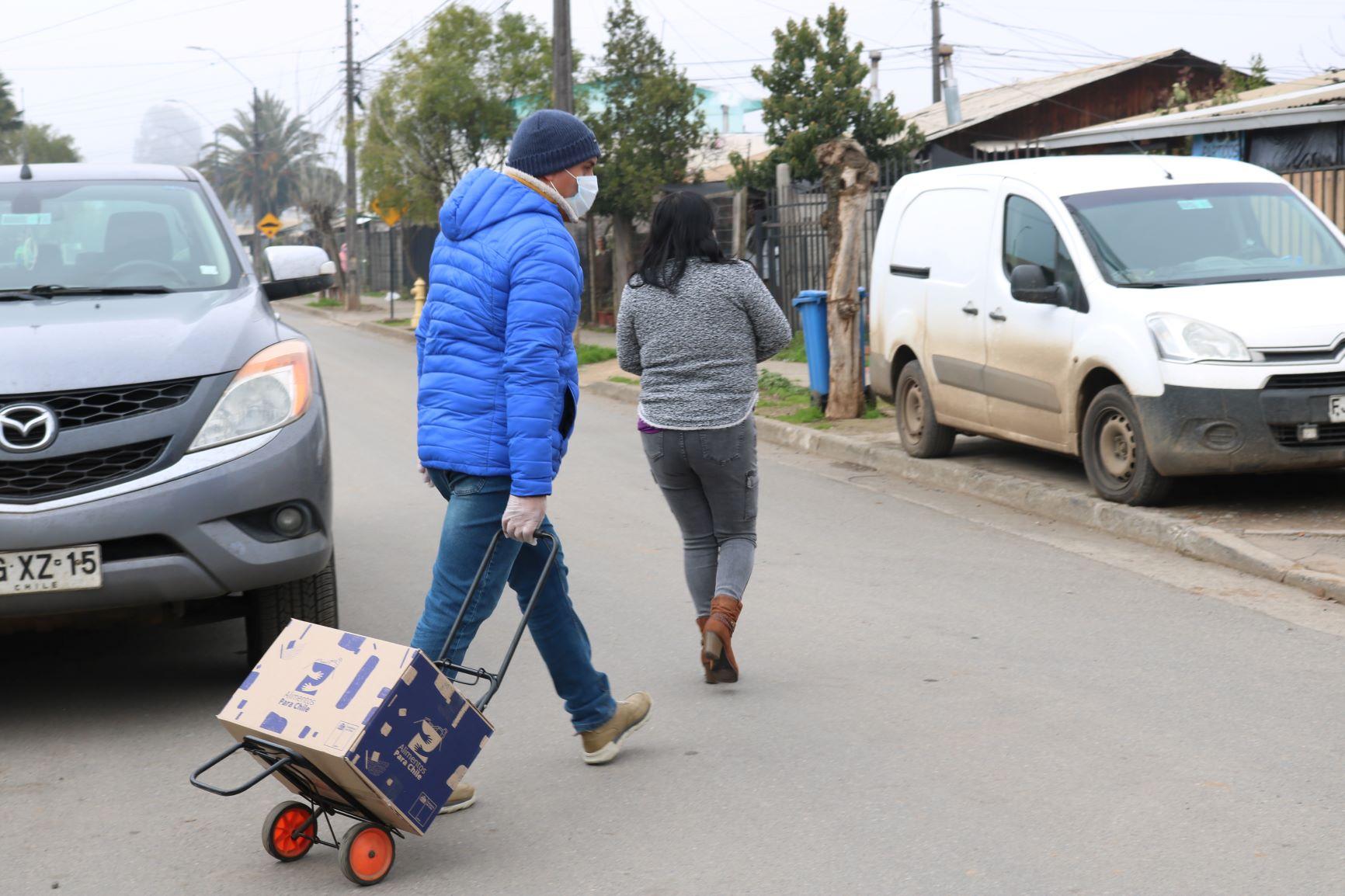 Municipio seguirá entregando cajas de alimentos del gobierno en distintos sectores de San Clemente
