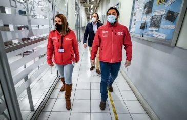 Seremi del Trabajo y gobernador provincial encabezan visita de autoridades en reapertura del Mall Curicó