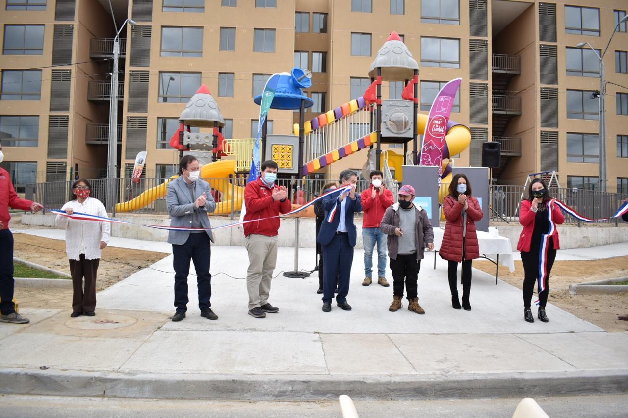 80 familias de Talca recibieron las llaves de su nueva vivienda