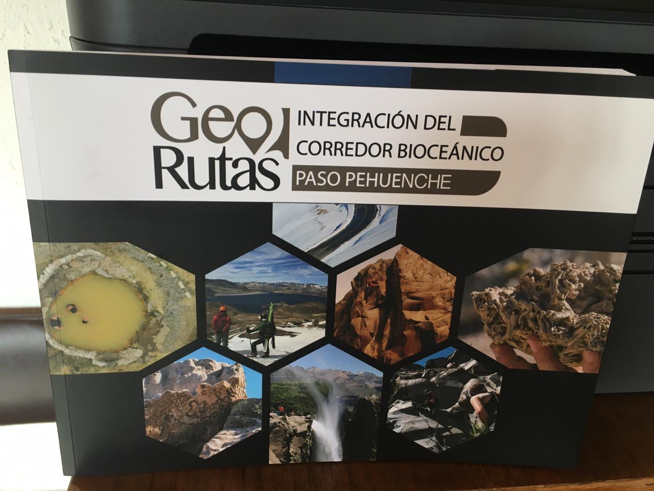 Libro guía rescata y pone en valor 11 sitios de importancia geo turística del corredor bioceánico paso Internacional Pehuenche