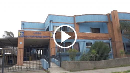 El Liceo Héctor Pérez Biott en Talca se integró a la labor social del Municipio con el fin que sus apoderados puedan acceder tanto a los comedores y panadería solidaria