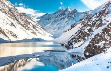 Experto propone aumentar los deberes para resguardar los recursos naturales de Chile