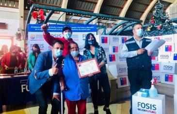 3 mil 500 hogares de todo el Maule recibieron cajas con alimentos para pasar una mejor Navidad