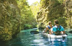 Expertos de todas las áreas llaman a la comunidad a buscar soluciones de turismo sustentable para la Región