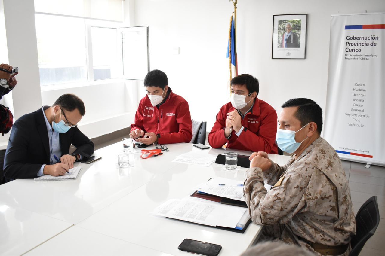Intendente Prieto encabezó reunión de coordinación para enfrentar la situación sanitaria en Curicó