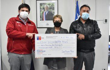 Intendente Prieto hace entrega del Fondo Social Presidente de la República