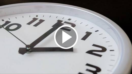 ¿Cuáles son las alteraciones que se producen en los adultos y en los niños por el cambio de hora? Psicólogos entregan recomendaciones
