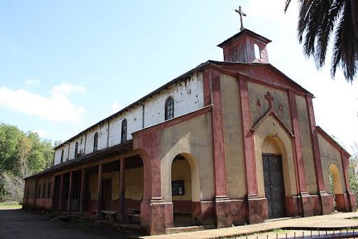 EXT UCM inicia el mes del patrimonio con visita al monumento histórico Iglesia de Vilches