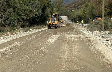 MOP mejora ruta entre Embalse Ancoa y Roblería en la provincia de Linares
