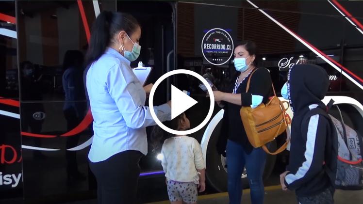 El transporte de pasajeros es otro de los sectores productivos que se han visto afectados fuertemente por la pandemia. Evidencia de ello es la reducción de frecuencias en el terminal de buses que alcanza el 70%, algo que también ocurre al interior de Talca con sus recorridos urbanos