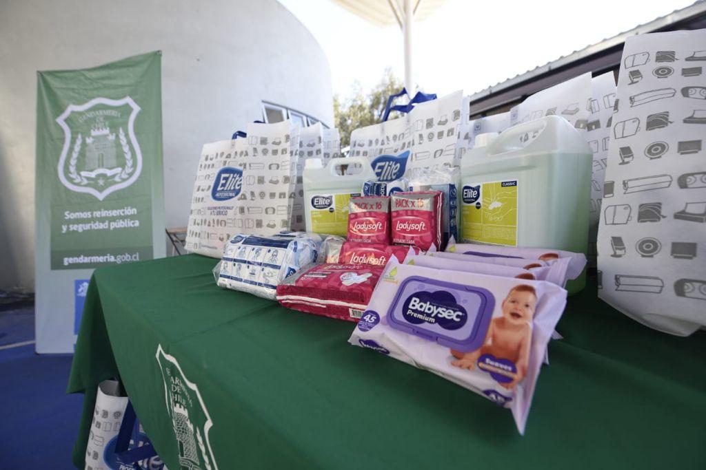 Reclusas de la Región del Maule recibirán donación de artículos de higiene personal