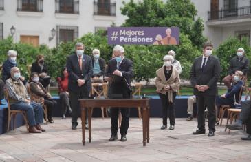 Presidente Piñera ingreso ley corta de pensiones con discusión inmediata en el congreso